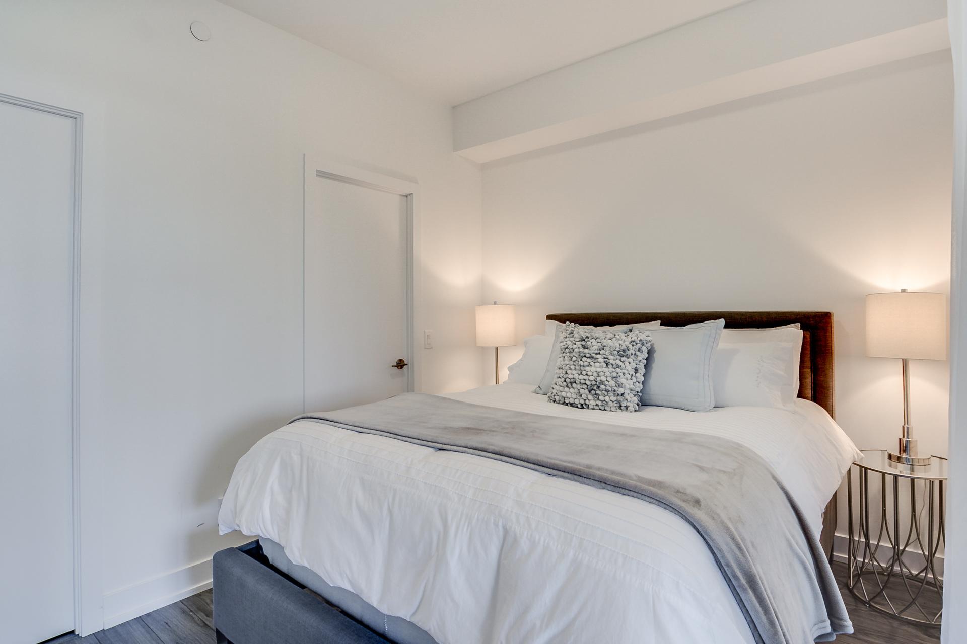 16_master_bedroom1.jpg