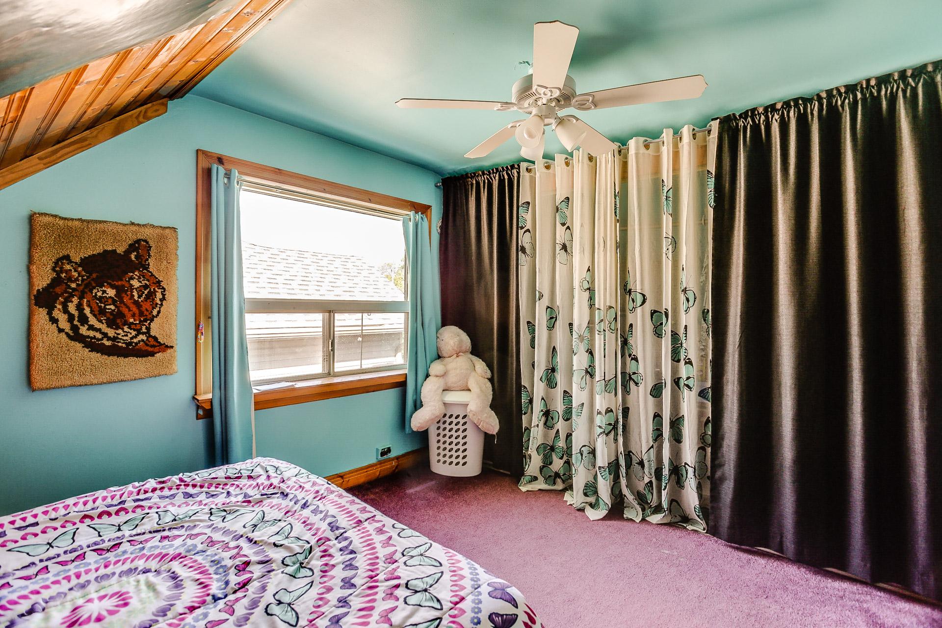 23_third_bedroom1.jpg