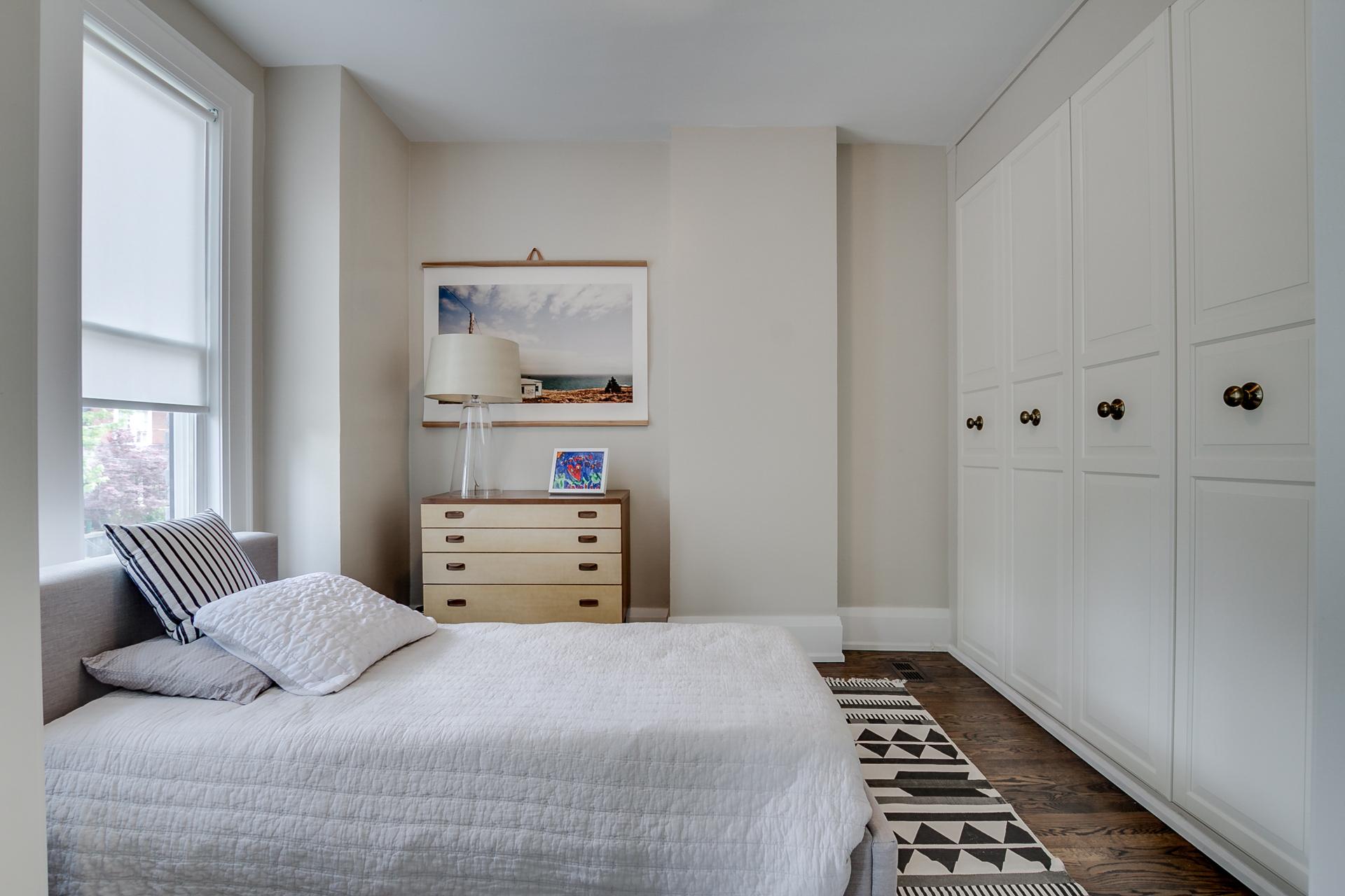 30_second_bedroom1.jpg