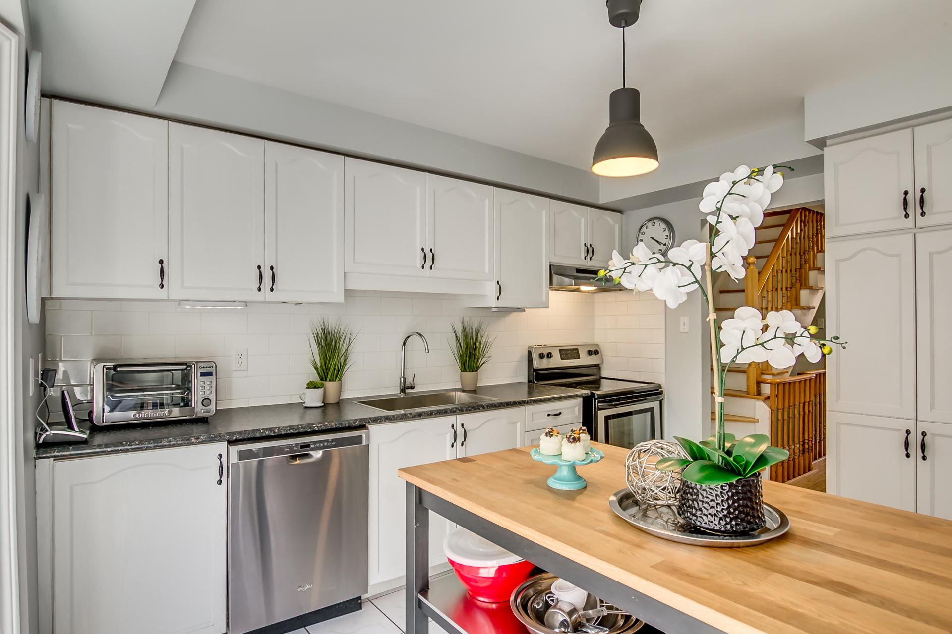 14_kitchen1.jpg
