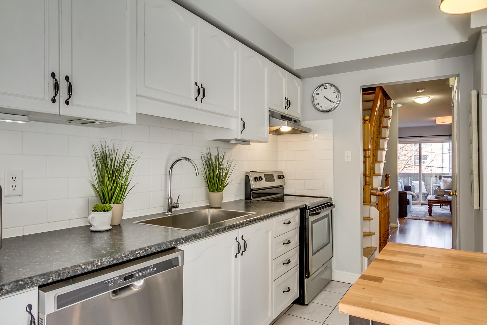 15_kitchen2.jpg