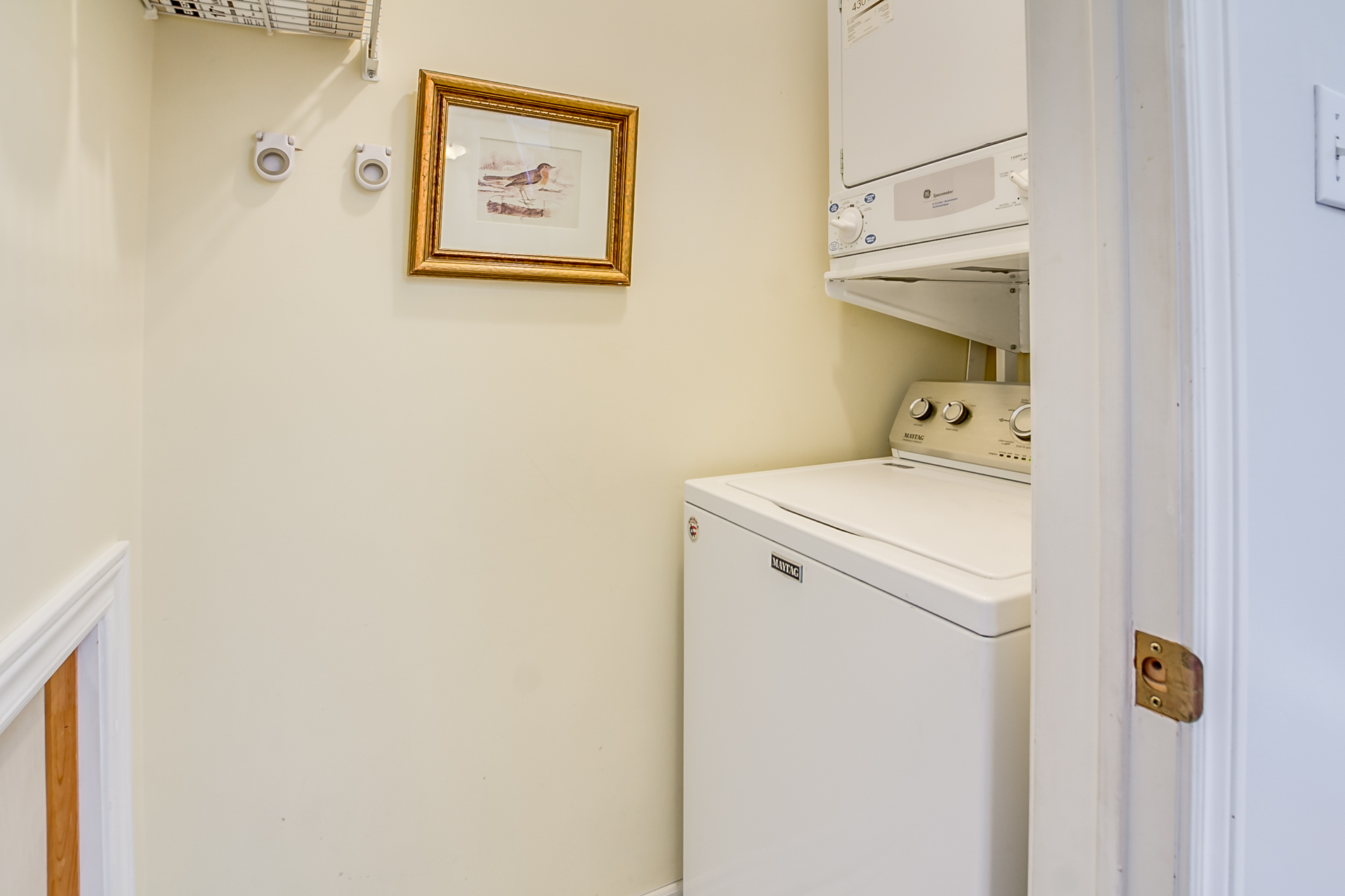 39_laundry_room1.jpg