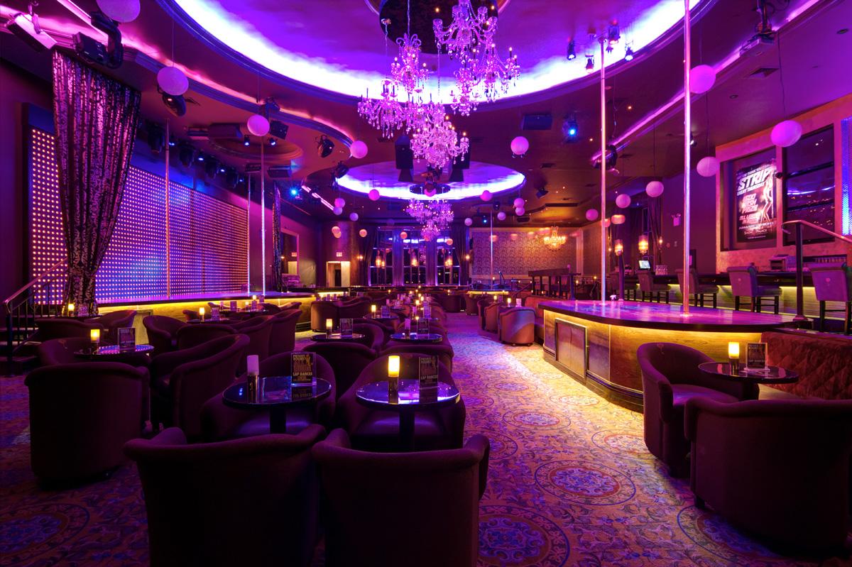 635971429880471807951421387_stripclub.jpg