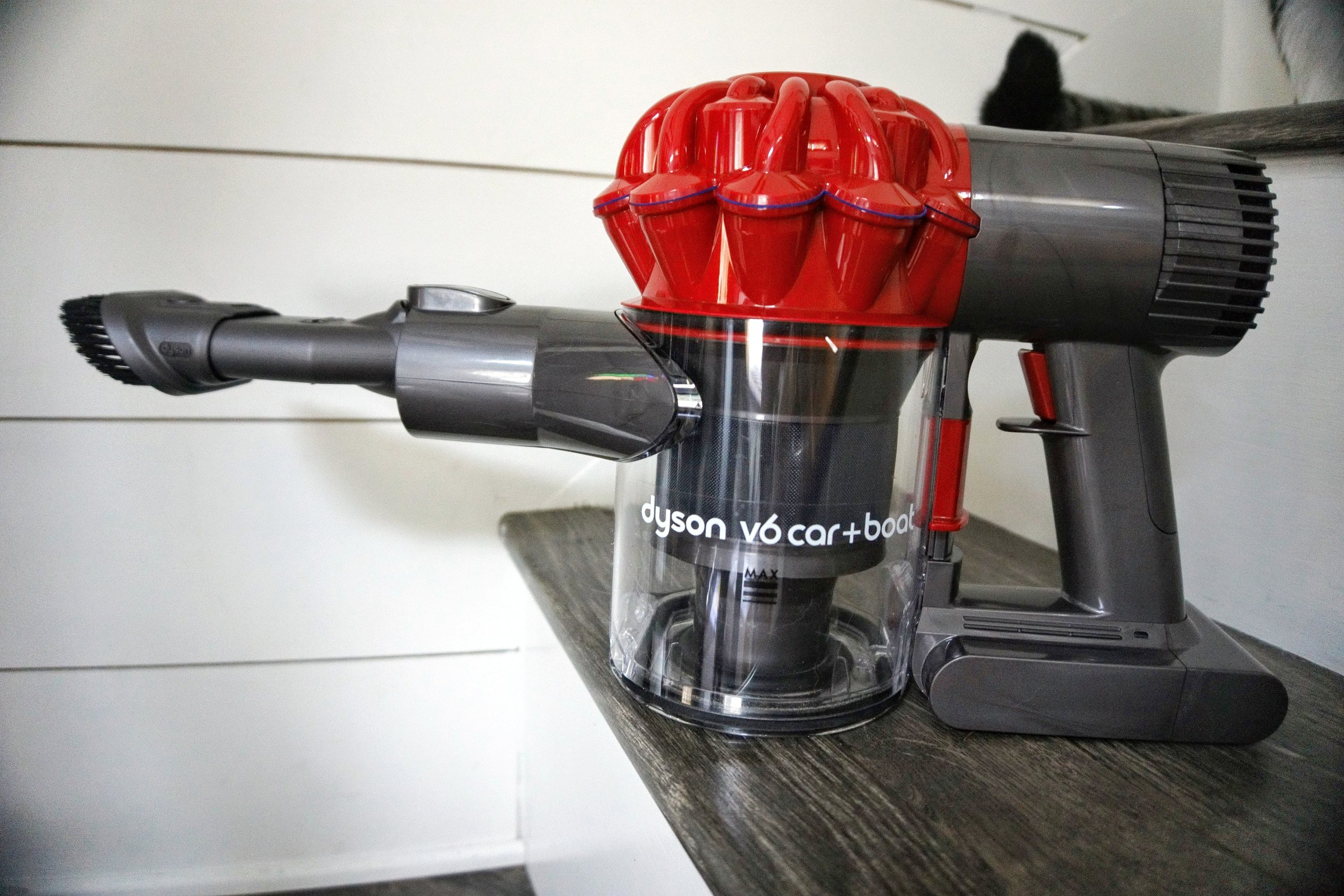 Tiny House Living Dyson Car and boat vacuum best vacuum cordless