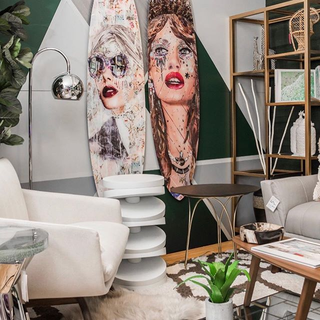 DOAD Miami 2019 Beautiful Vignette by @laurenellinteriors photography by @sonya_revell #customcouturerugs is a proud participant! @customcouturerugs #donationsforacause #collaboration #luxury #beauty #charity