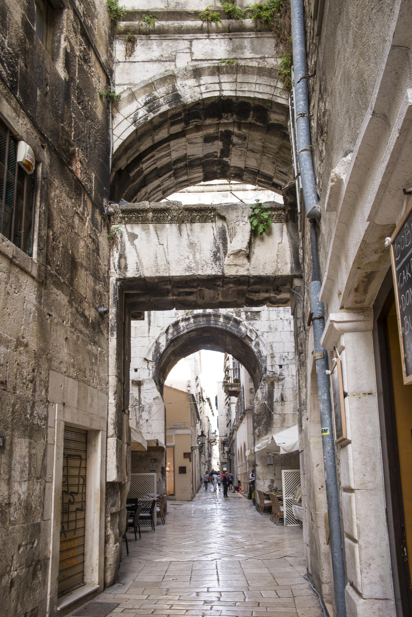 Passage way through the palace
