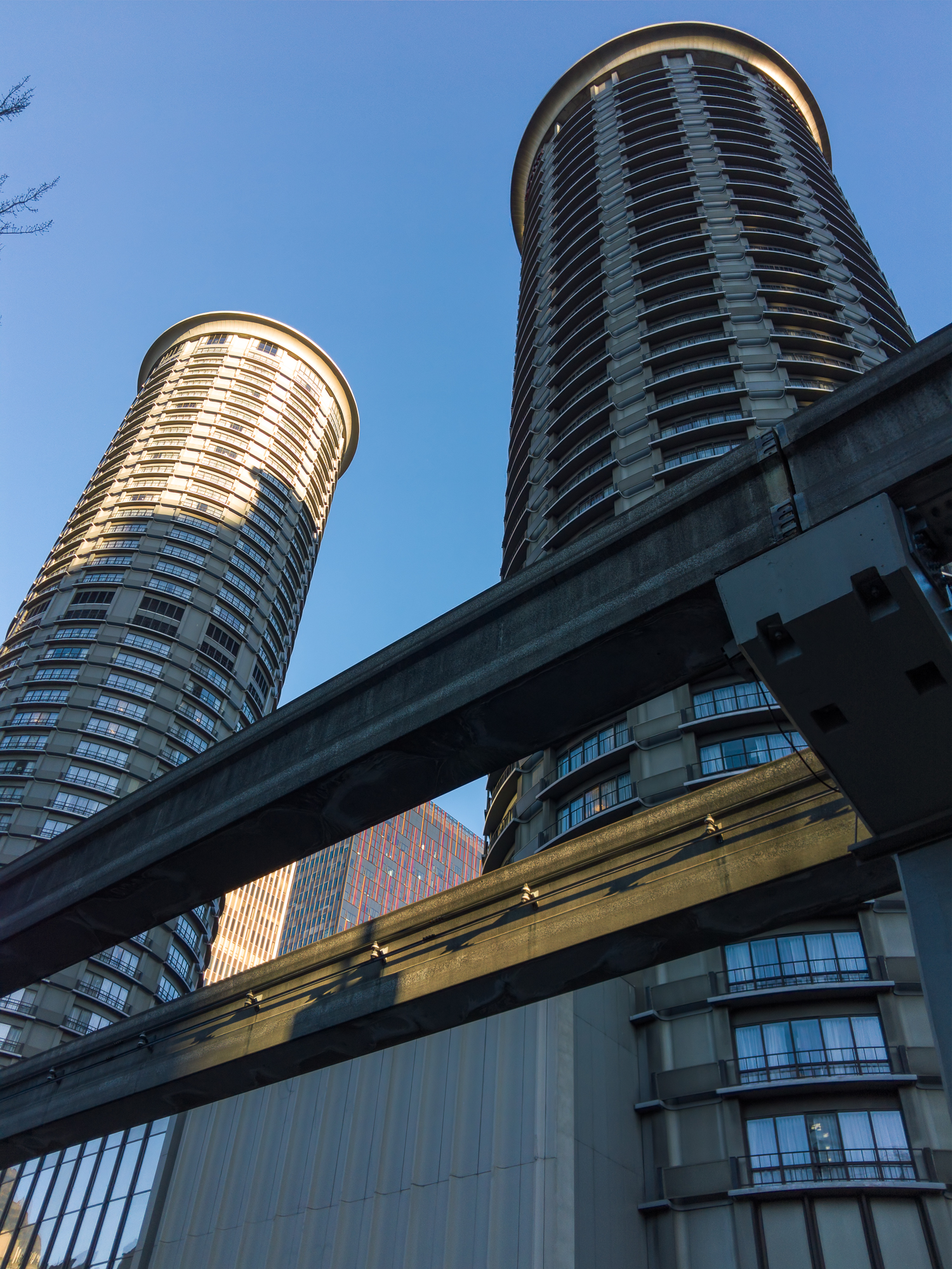 Monorail and Highrises - L16