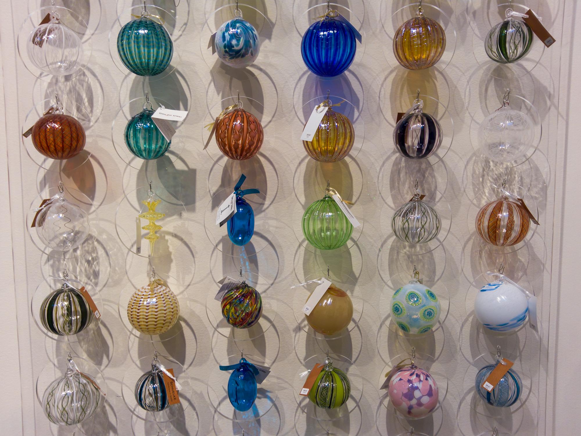 Glass Ornaments - L16
