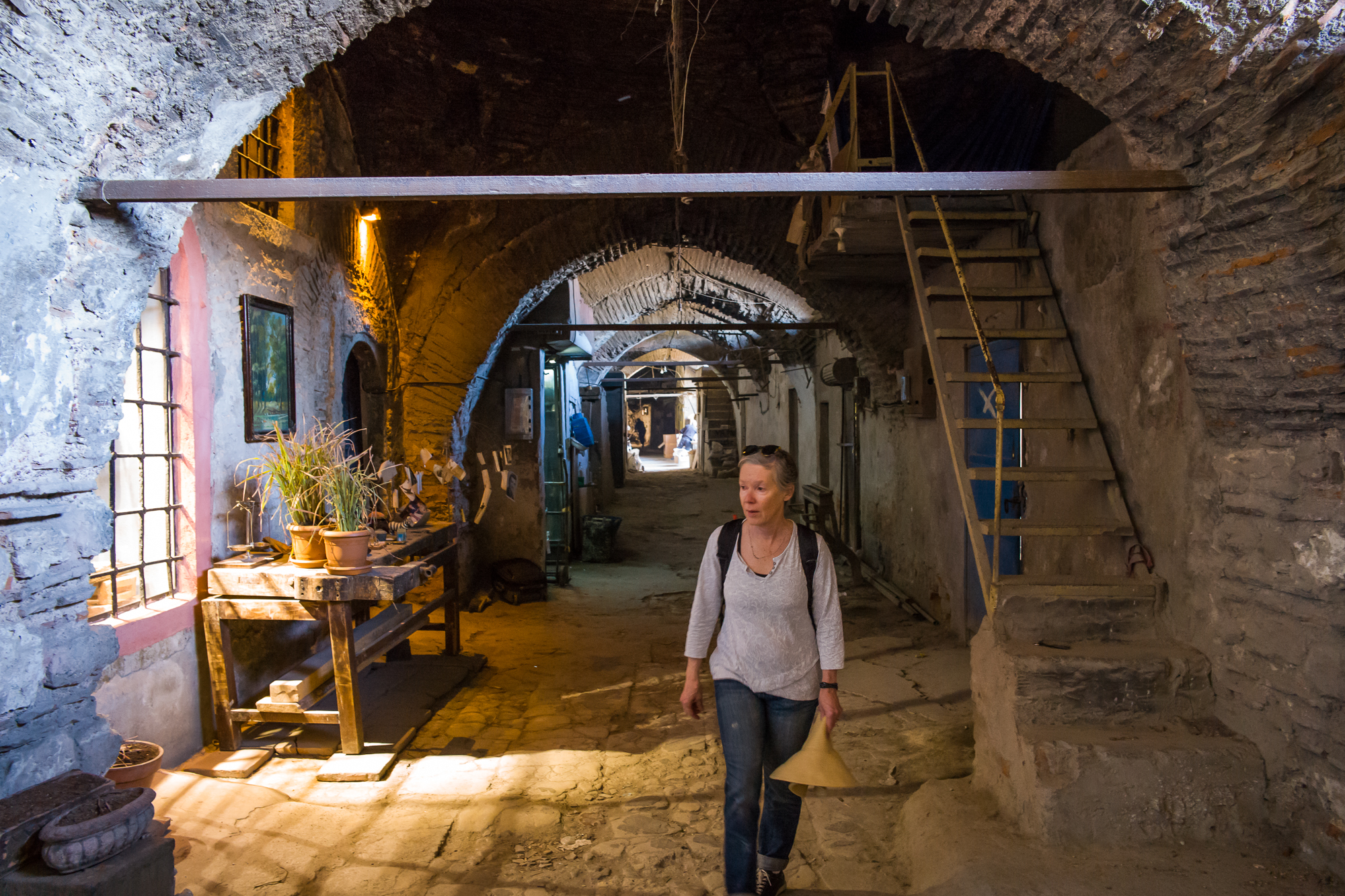 Walking the back alleys and passage ways of the Hans