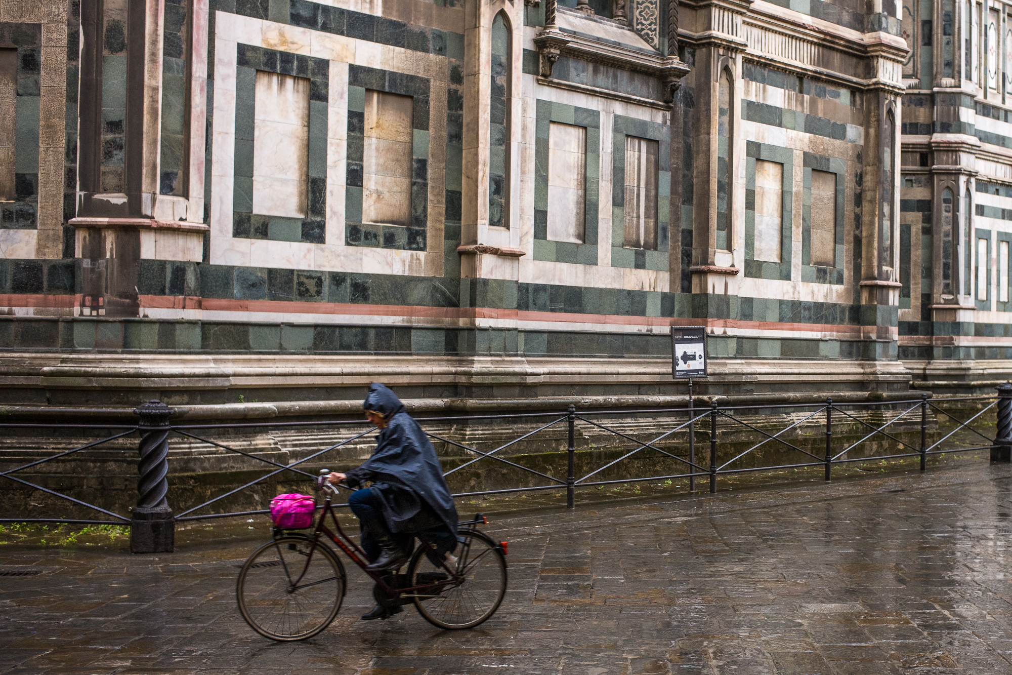 Bicycle riding past the Duomo