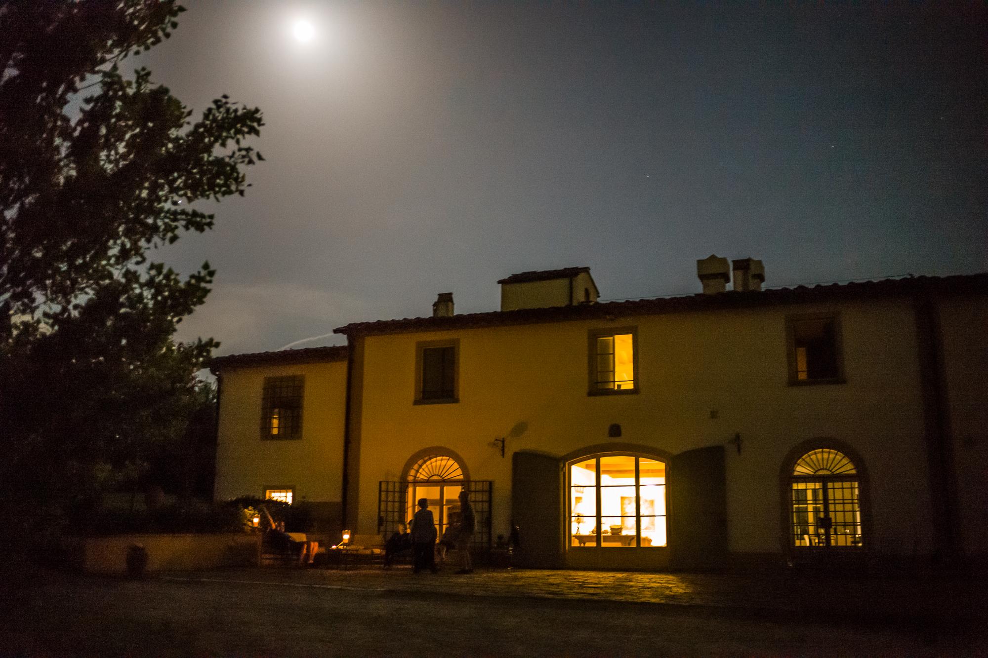 Enjoying the Villa under the Tuscan moon