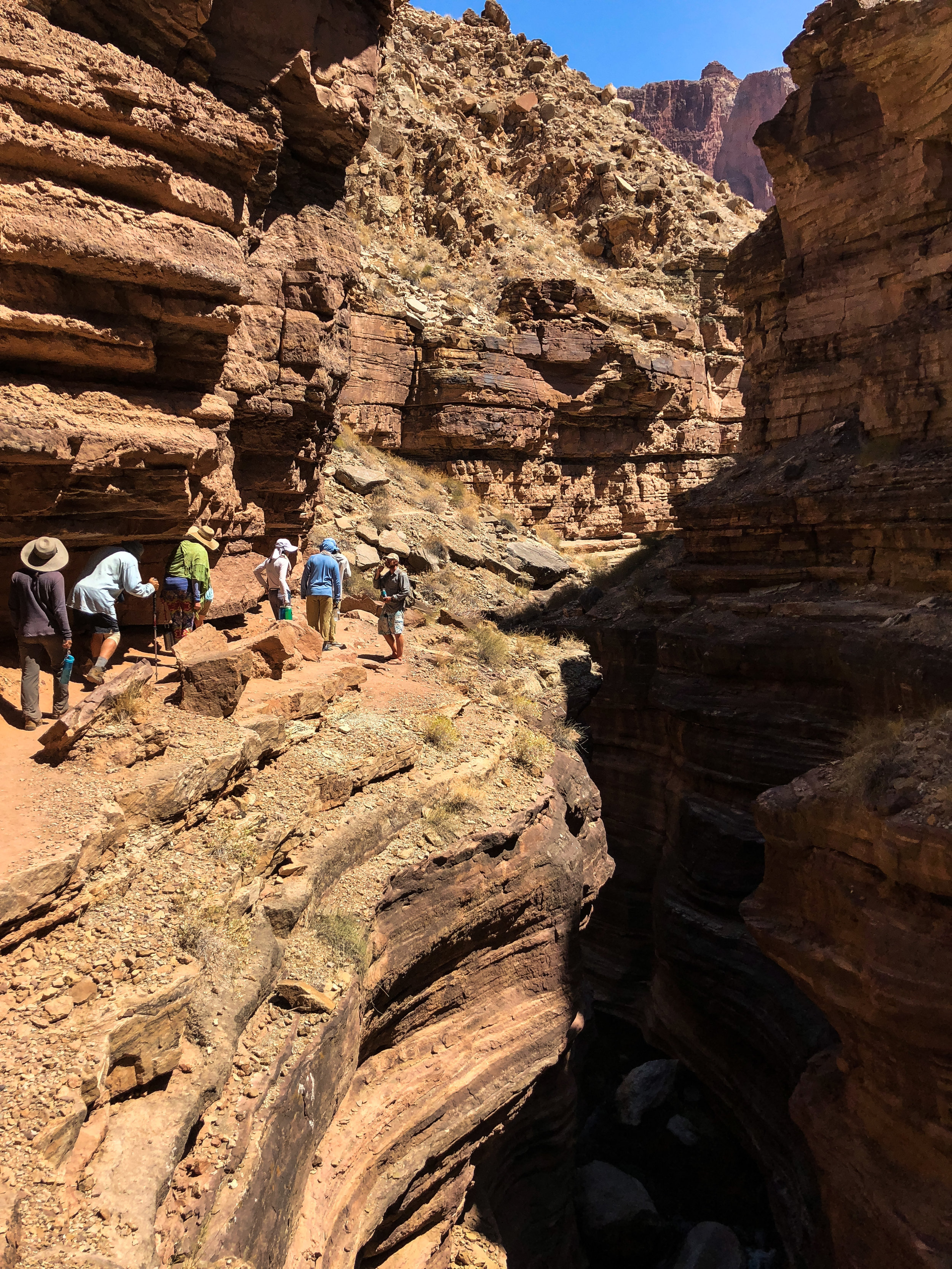Narrow trail along the slot canyon of Deer Creek
