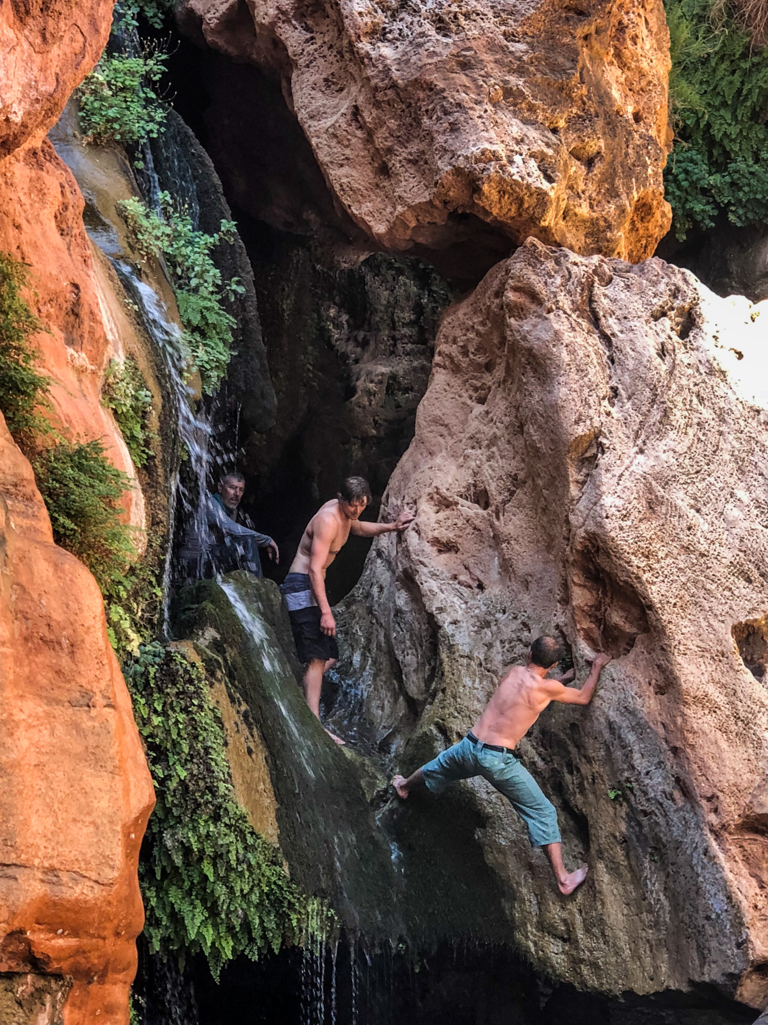 The waterfall at Elves Chasm