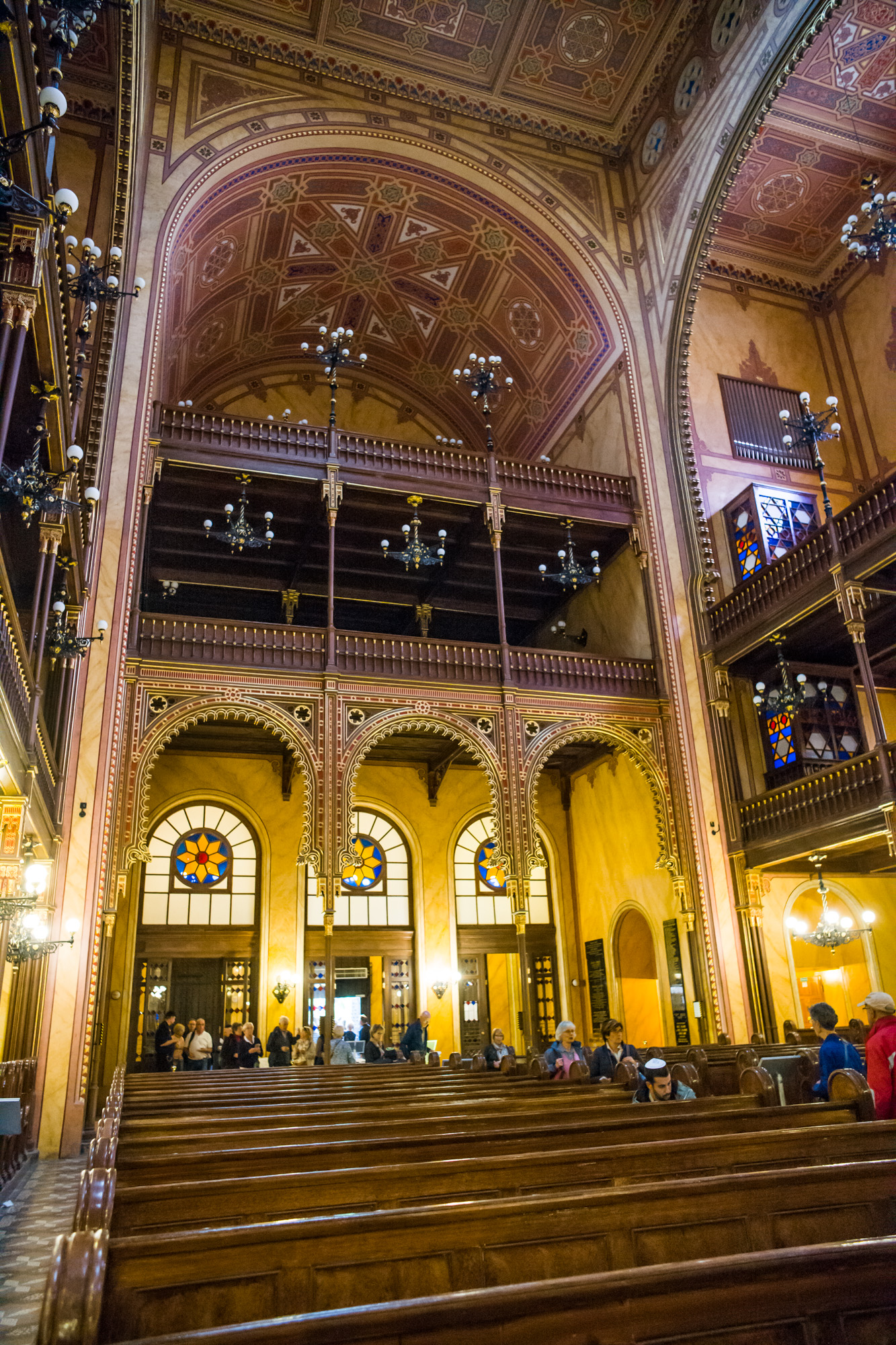 Beautiful architecture inside of Dohány Street Synagogue