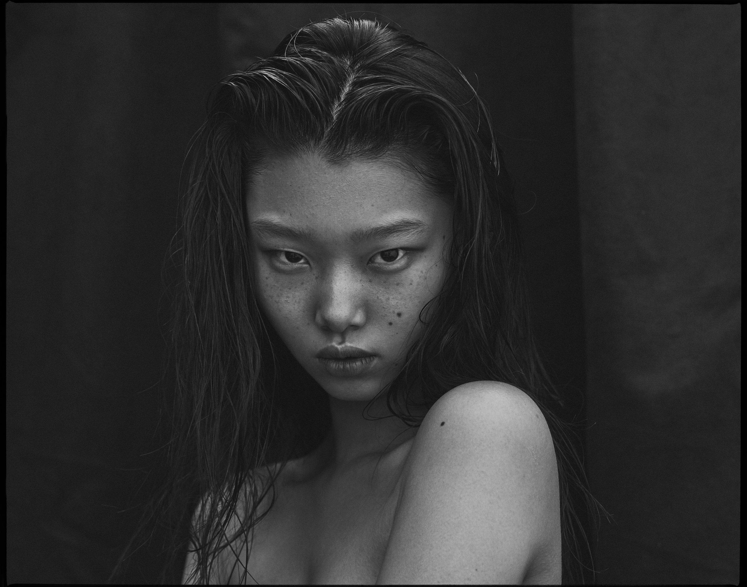 Yoon Young Bae_Scott Mac Donough_0309b.jpg