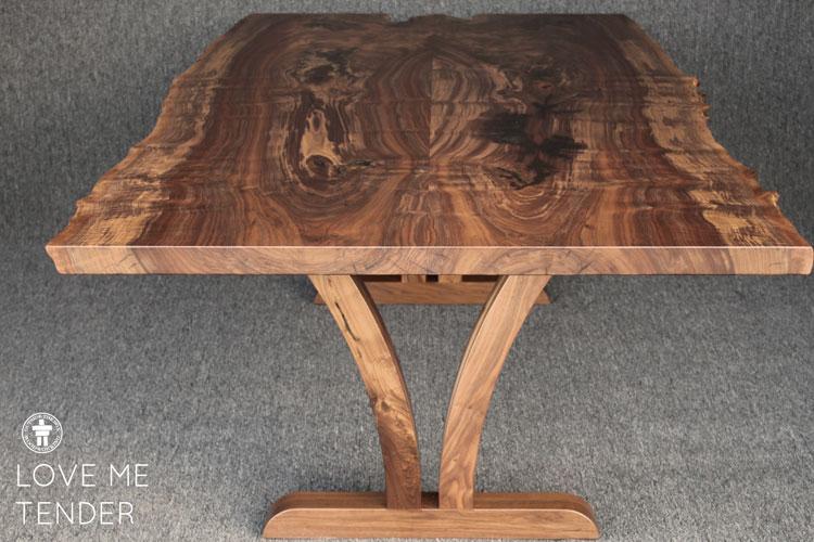 Dining table Walnut wood