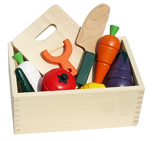 MAGNETIC WOODEN CUTTING SET -