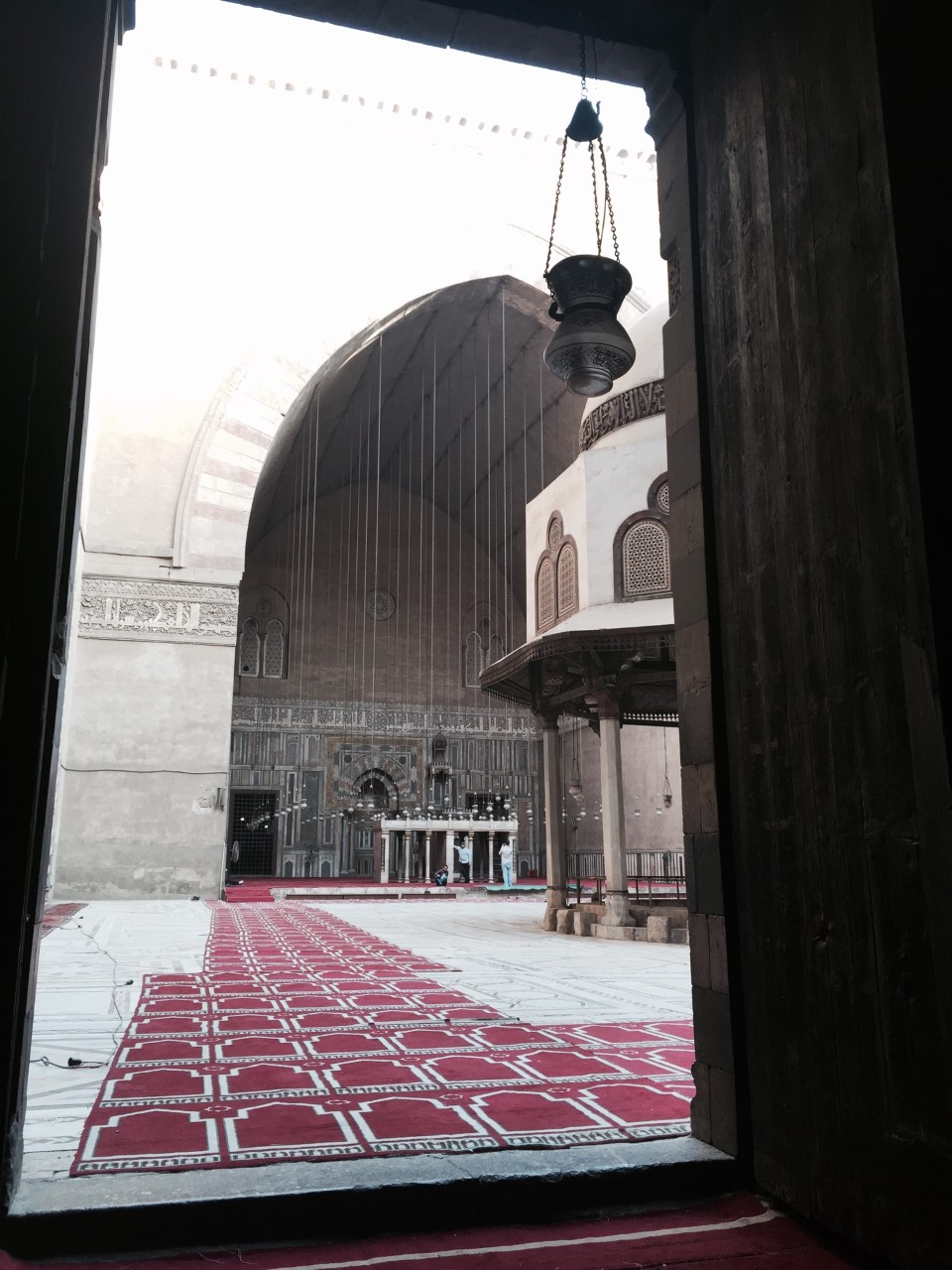 SULTAN HASSAN MOSQUE - A mosque designed to include schools for all four of the Sunnischools of thought:Shafi'i,Maliki,Hanafiand Hanbali.