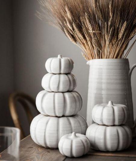 Pumpkin Table 2.JPG