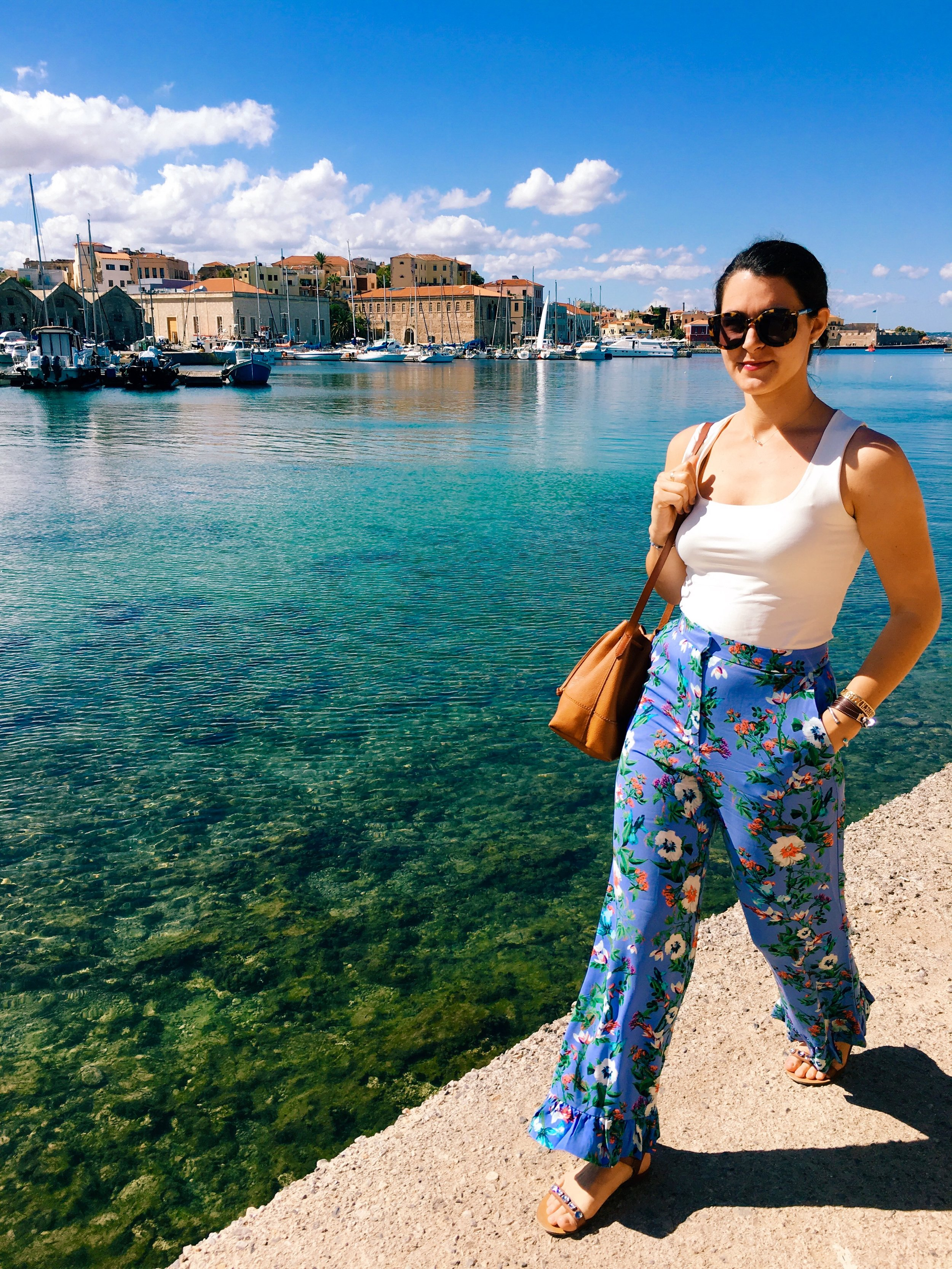 Chania, Crete 10.09.17   The fun pants are out! You don't want to miss this high waisted flattering look (on sale!).  Shop here.