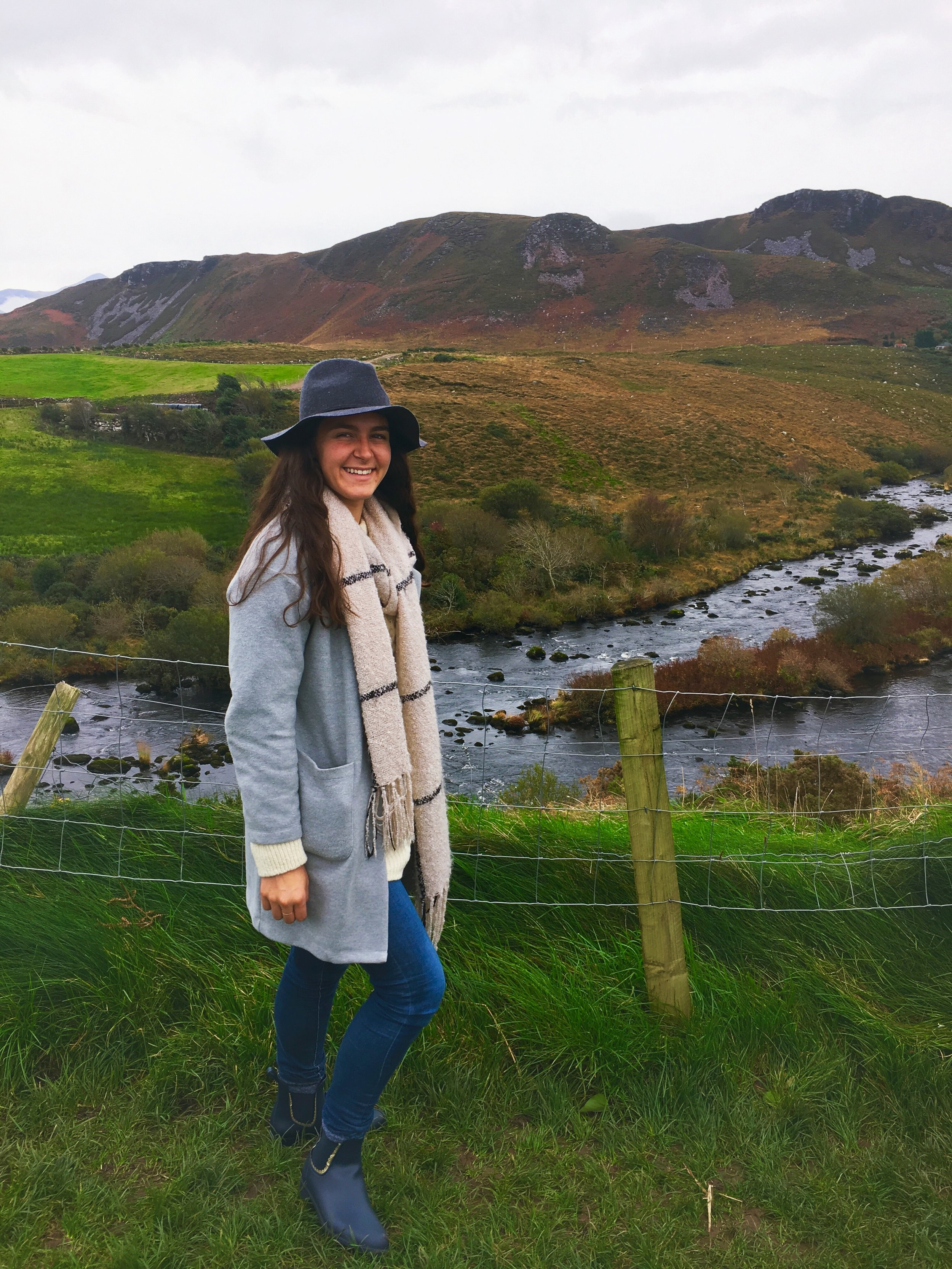 Ring of Kerry, Ireland 10.30.17   I'm finally adjusting to the wet weather here in Ireland thanks to the help of my Jack Rogers wellies (under $40!) Shop my Fall essentials as I travel throughout Europe.  Shop here.