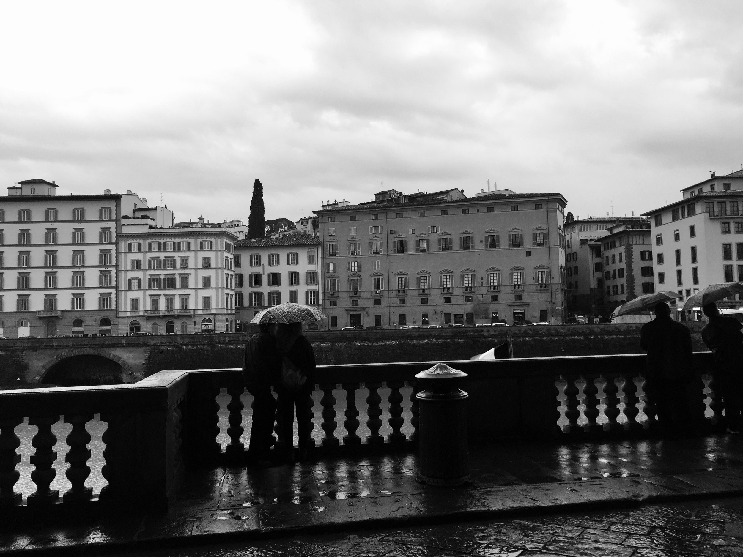 Rainy days at the Arno River