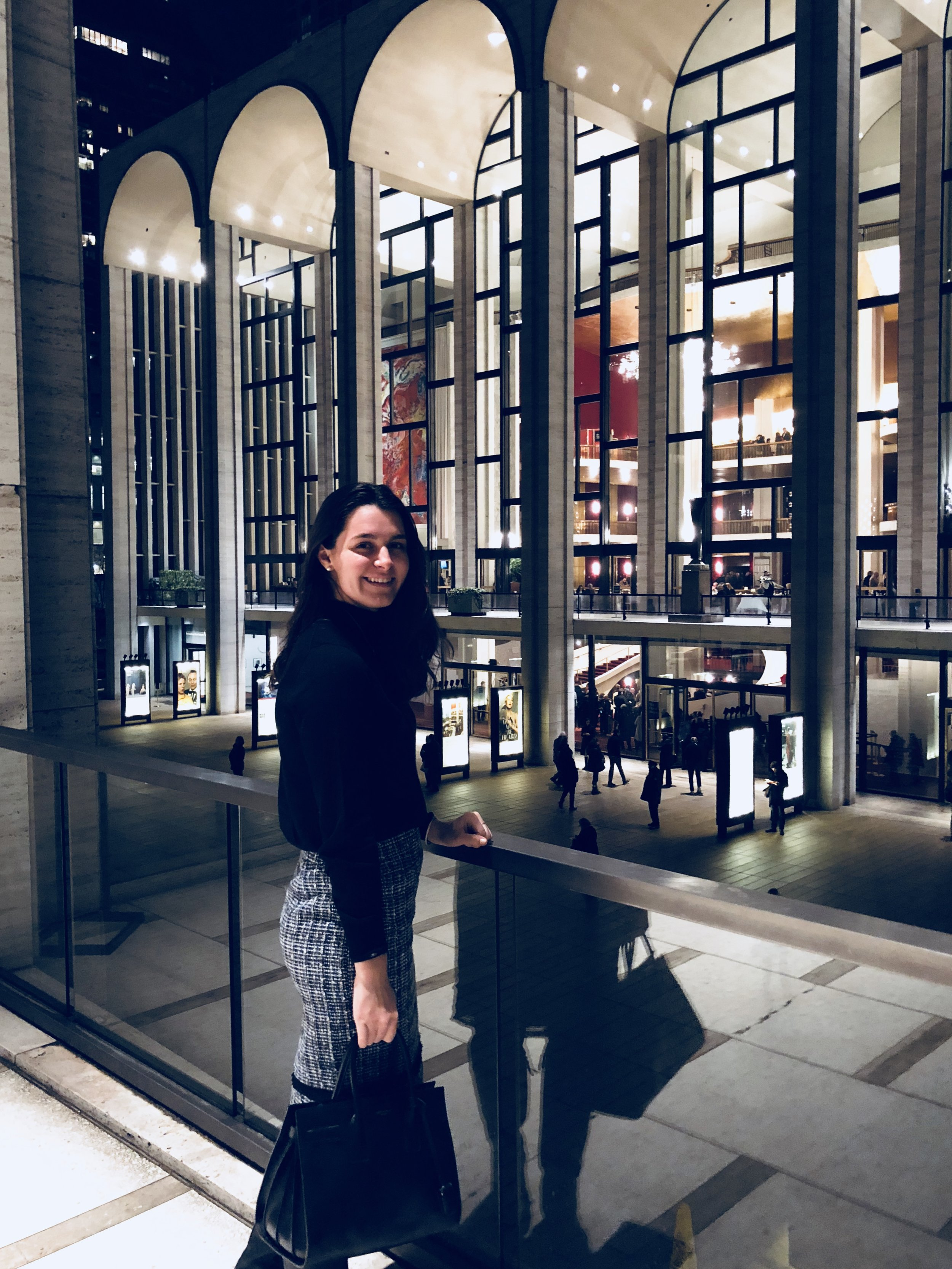 New York, New York   My week couldn't have ended better! I got to job shadow at my dream publishing company & see the New York Philharmonic.  Check out  my go-to outfit that transitions perfectly from the office to a night out.