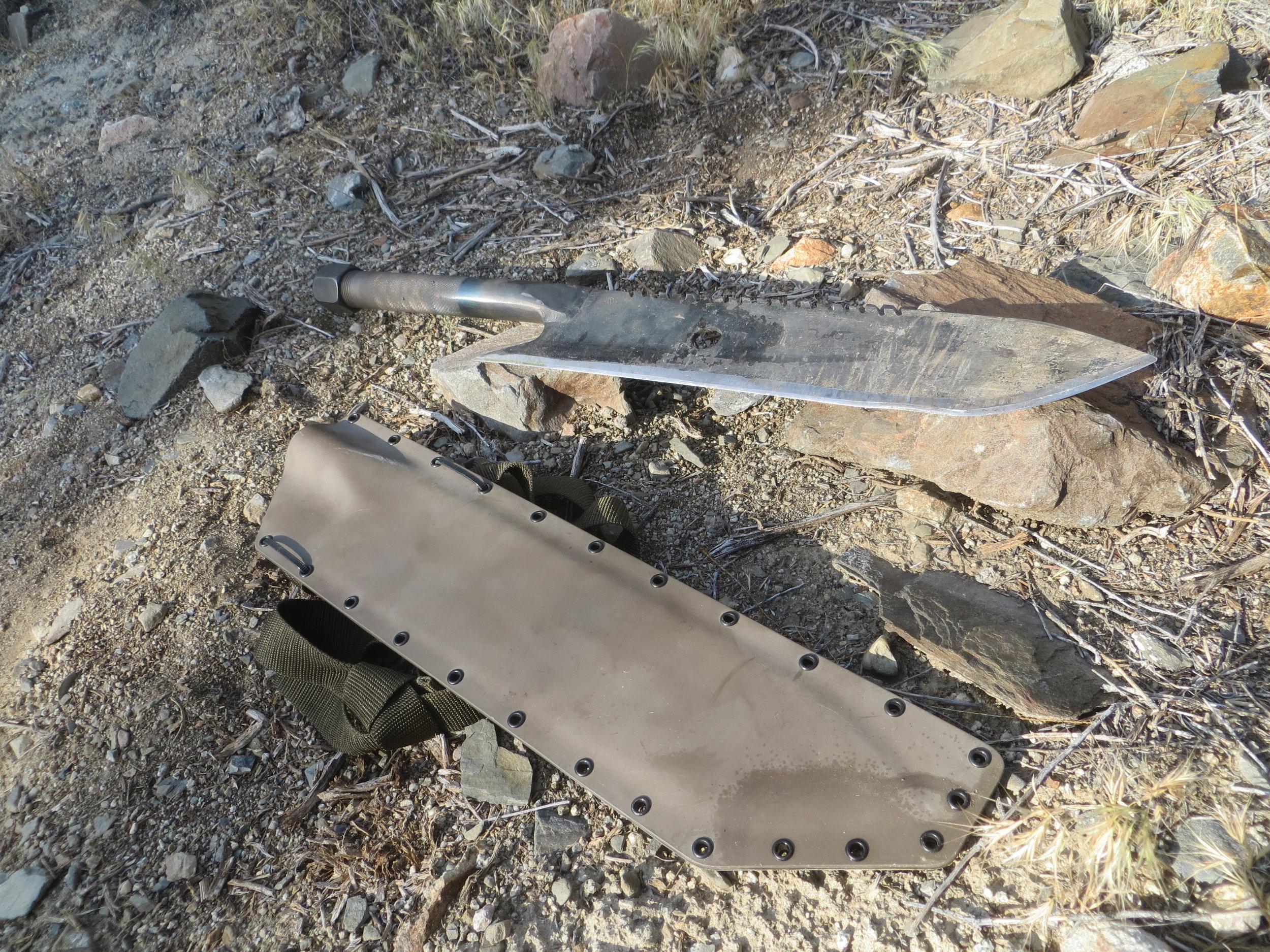 PipeBomb storage handle machete and sheath.