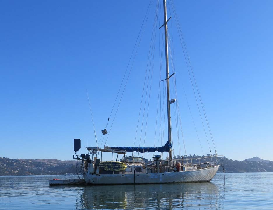 Bug Out Sailboat Sausilito Harbor 2014.jpg