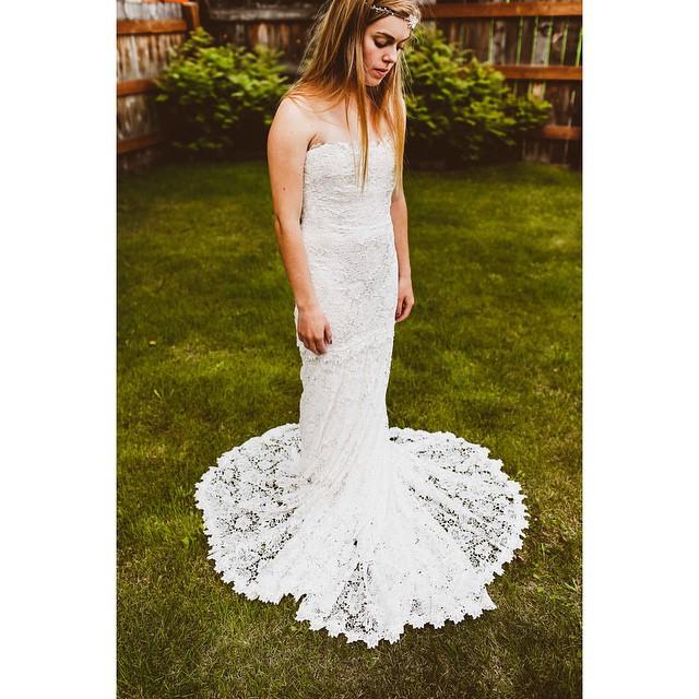Bateau Bridal Boutique - Nicole Miller Gown.jpg