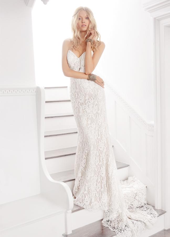 ti-adora-bridal-bridal-sheath-strapless-sweetheart-sheer-center-back-skirt-godet-7607_zm.jpg