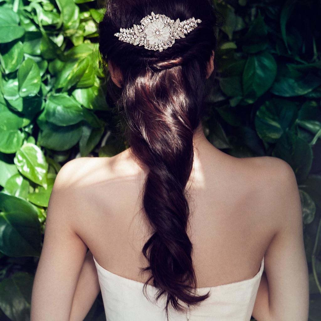 nova_beaded_bridal_comb_headpiece_crystal_2_1024x1024 - Olivia The Wolf.jpg