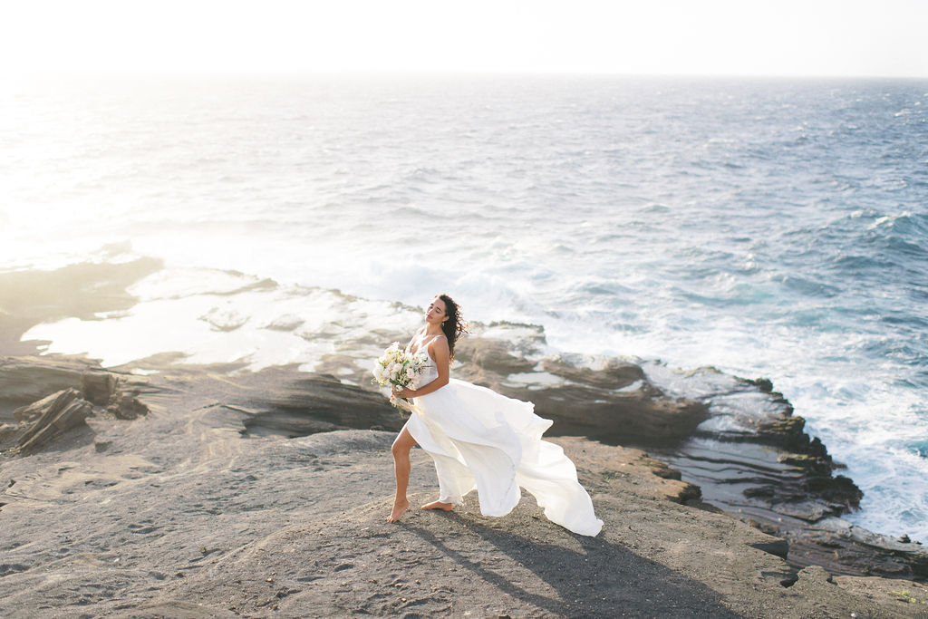 Sunrise in Hawaii Styled Shoot - by Sara Olivia Photographer