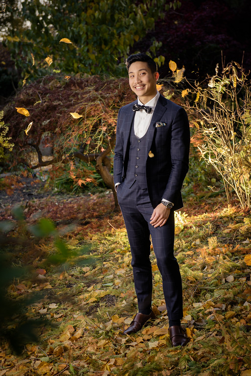 Garrison Bespoke Signature CollectionThree-piece Suit in Midnight Blue Windowpane Check by Vitale Barberis CanonicoMSRP $2975 -