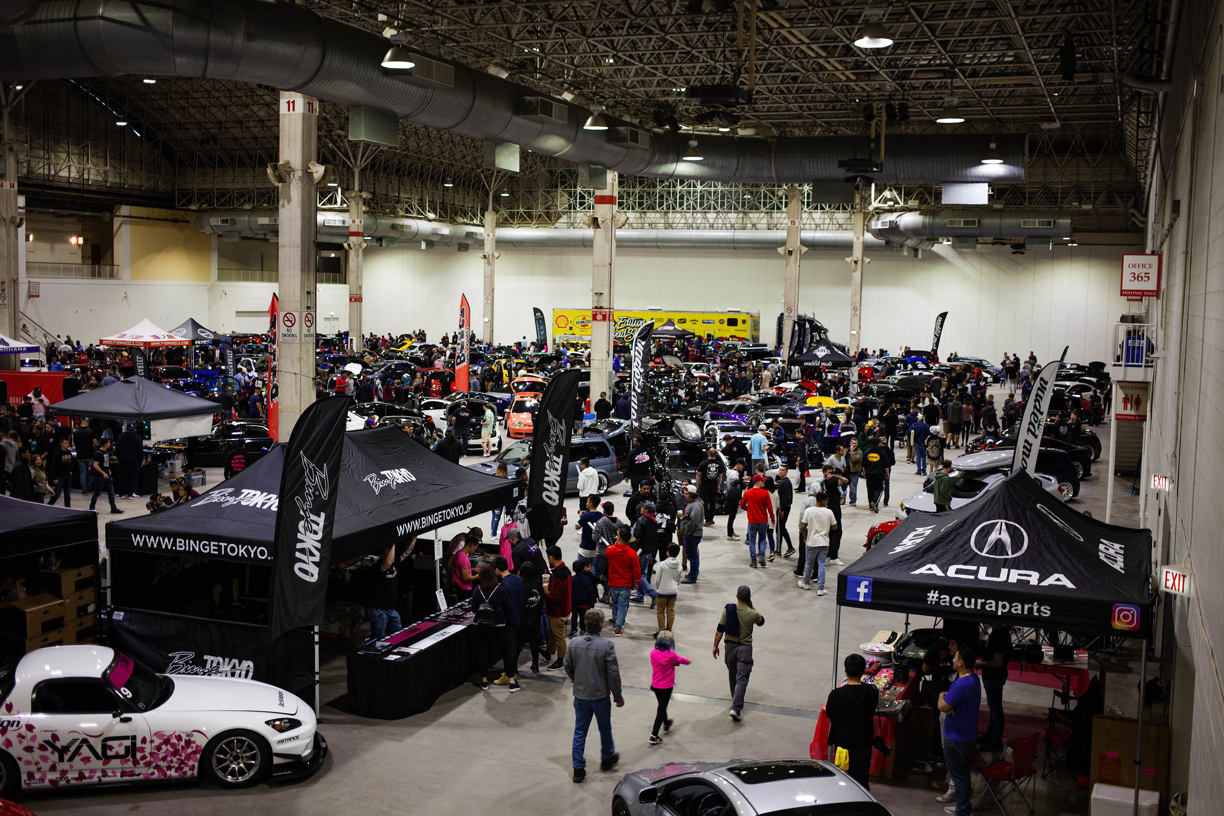 Over 300 builds from all corners of the Midwest / East regions came together for this event.