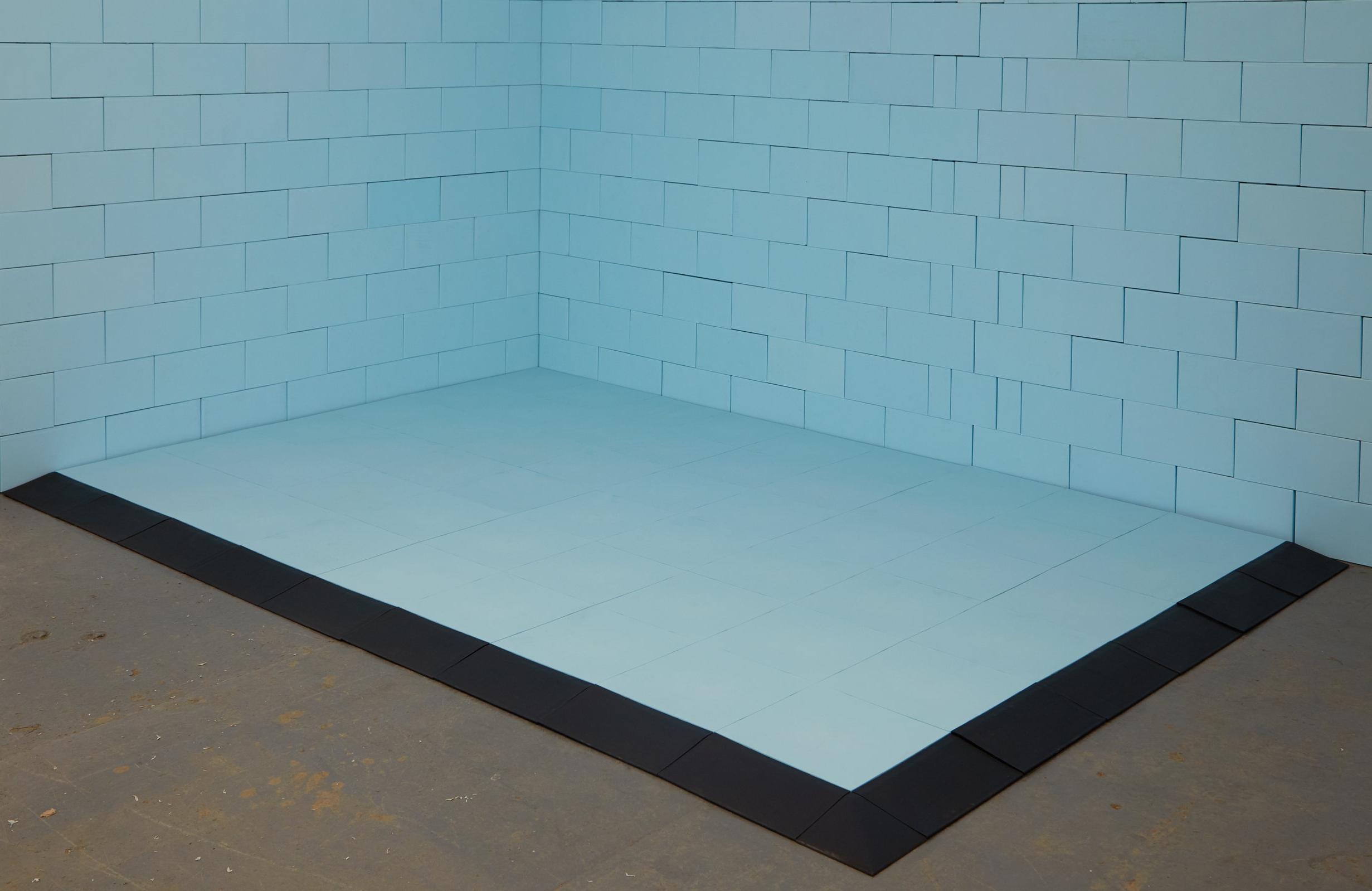 Build amazing exhibit floors and match EverBlock exhibit walls for a completely integrated system.