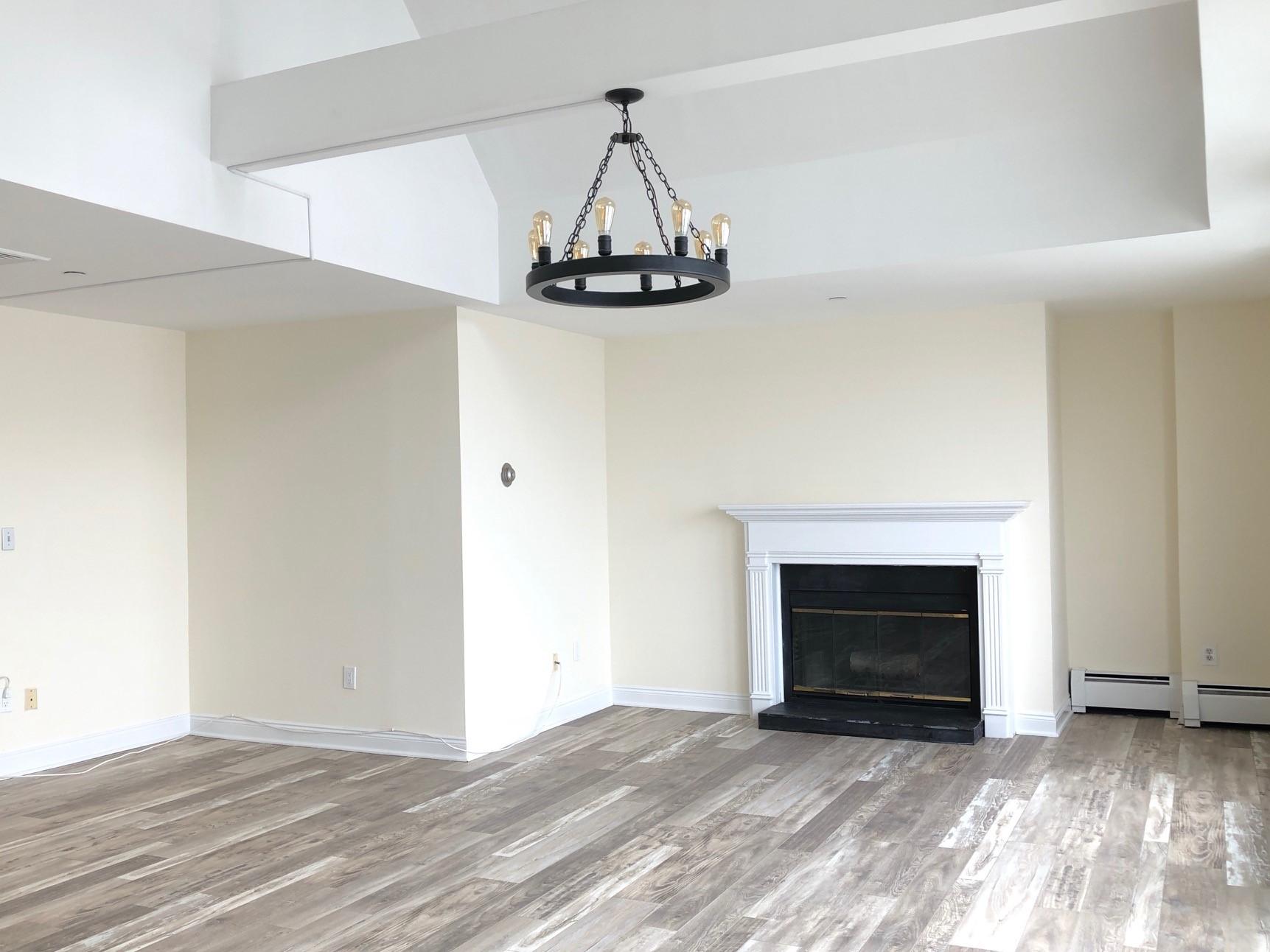 100-84 Best Living Room Fireplace New.jpg