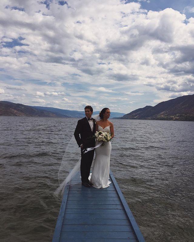 Congrats Trevor + Katelyn! Stunning wedding day. 🔥 @katelyncowley • Video // @limelightstudios.ca  Photo // @roycesihlisweddings  Venue // @fitzwine  Prep // @covelakesideresort  Florals // @crocusfloraldesign  Decor // @vintage.origami.weddings  DJ // @dj_krucial_k  Makeup // @jennymckinneymua