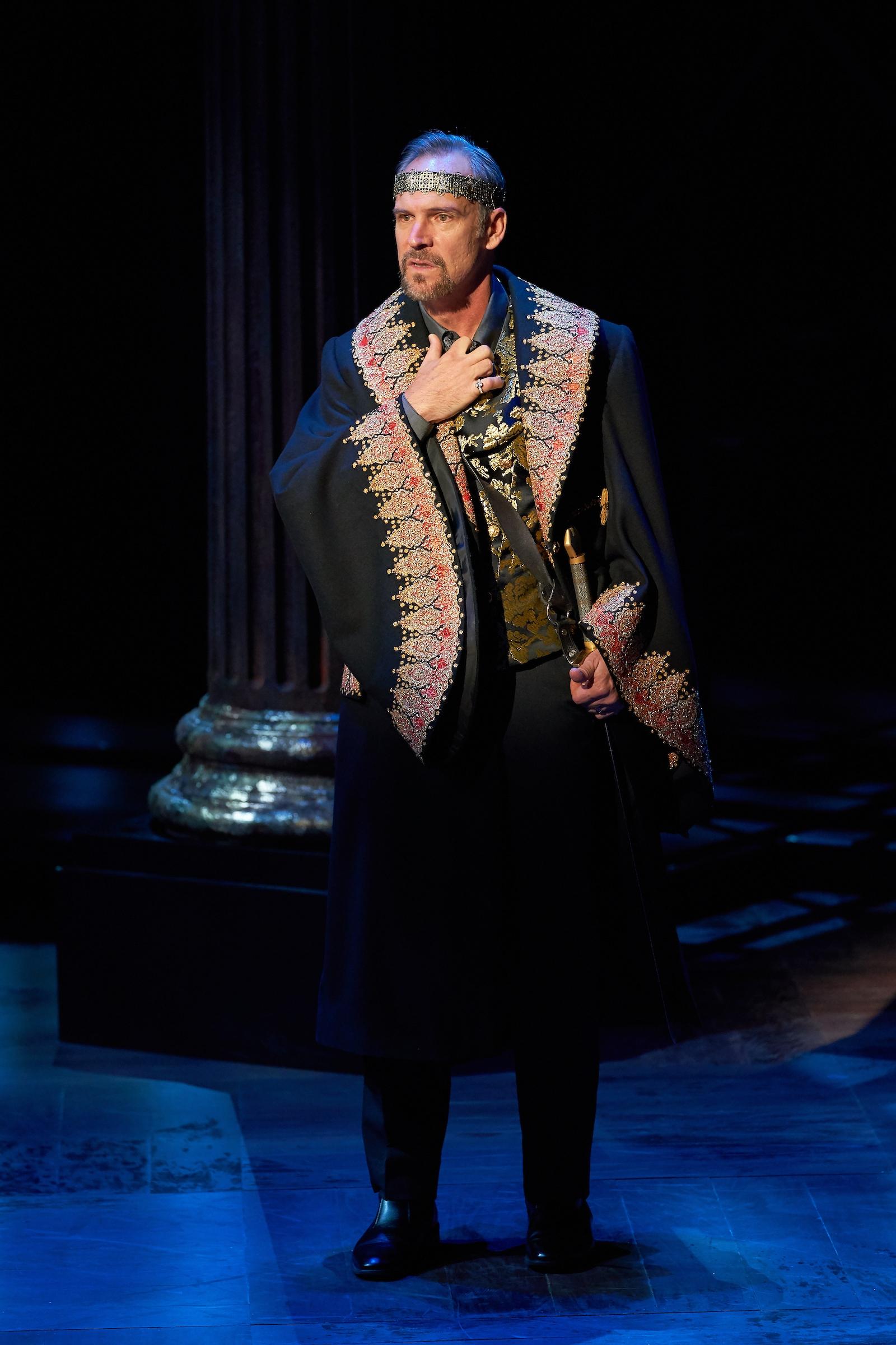 Hamlet_Claudius.jpg