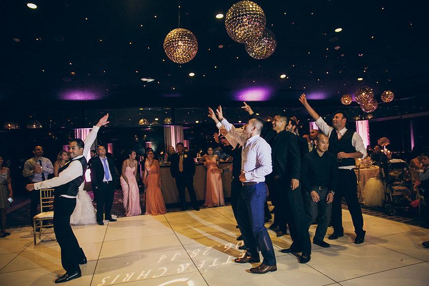 Hollywood Wedding - Garter Toss