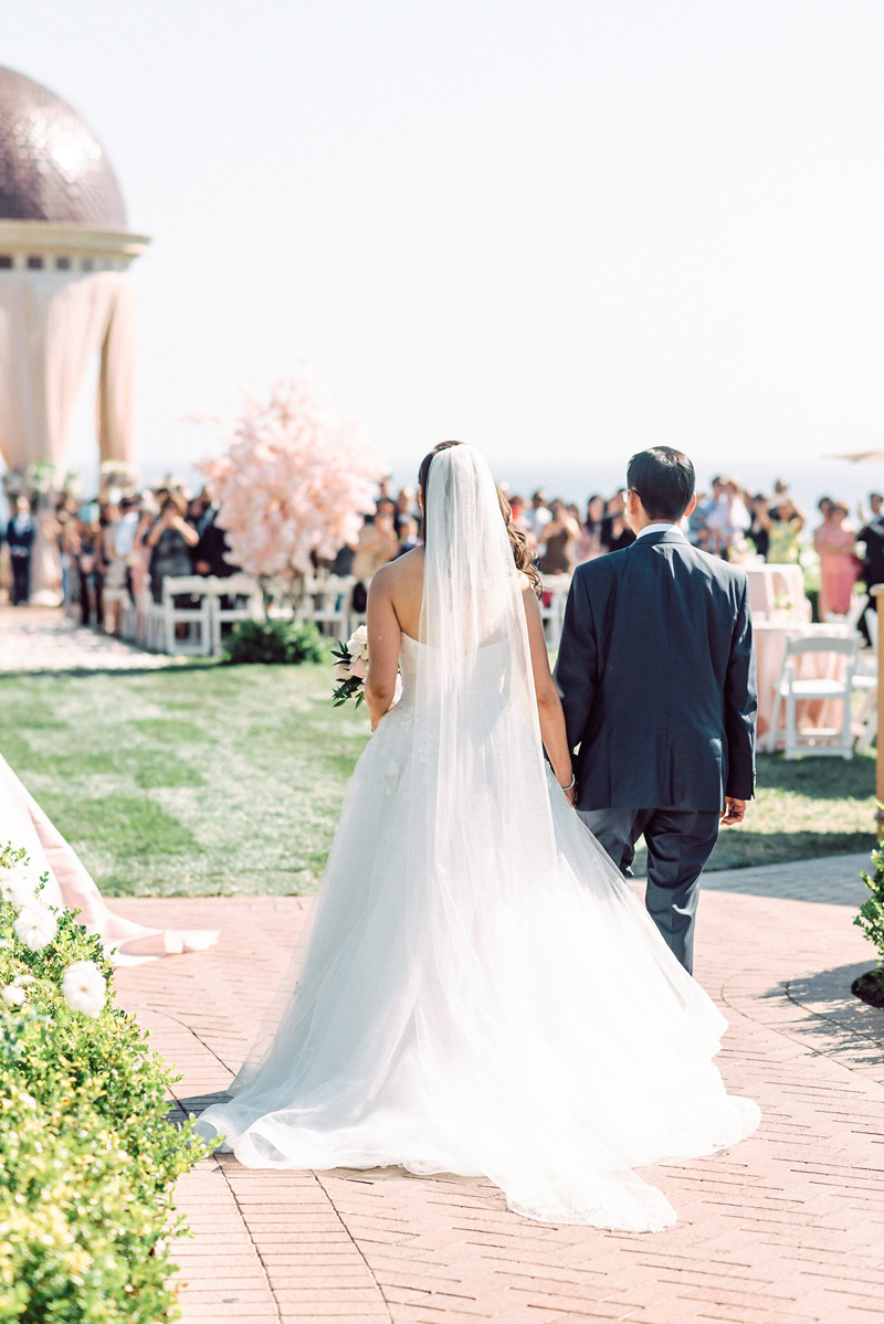 elevatedpulsepro.com | Coastal Chic Wedding Pelican Hill | Jana Williams Photography (36).jpg