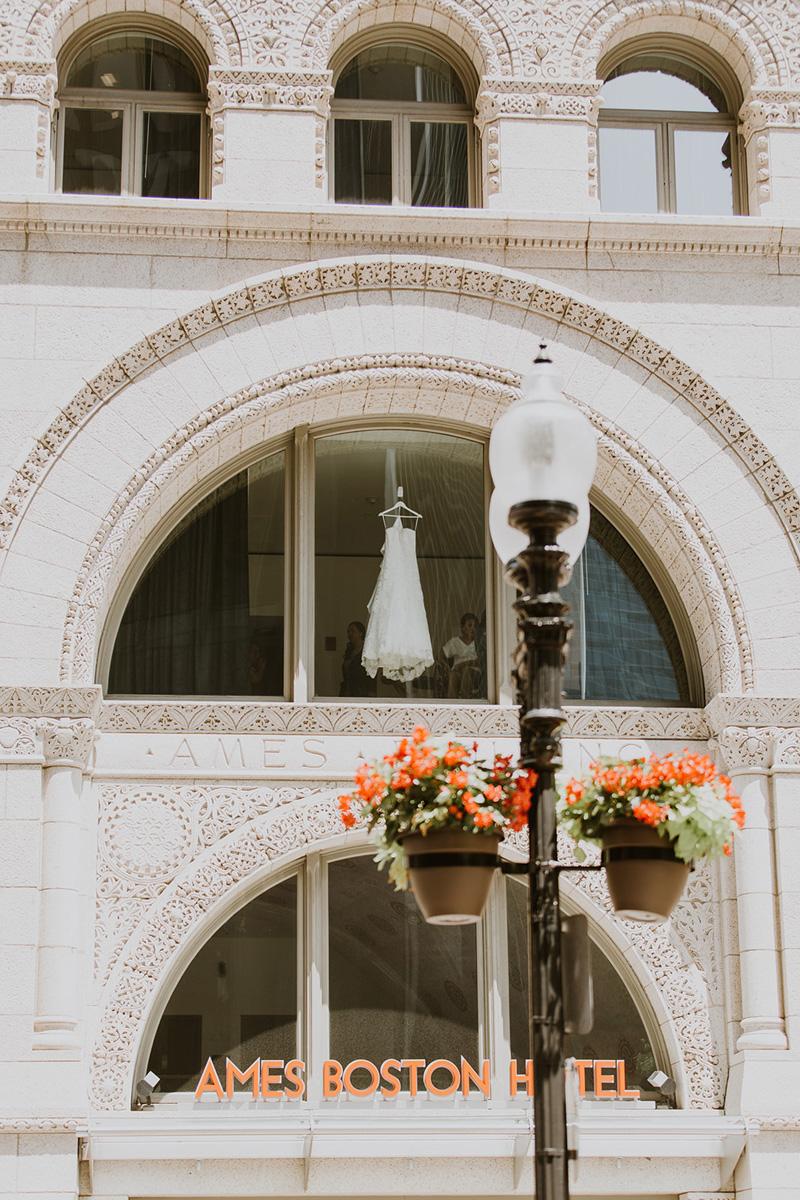 elevatedpulsepro.com | The State Room Boston Wedding | Cherry Tree Photography (16).jpg