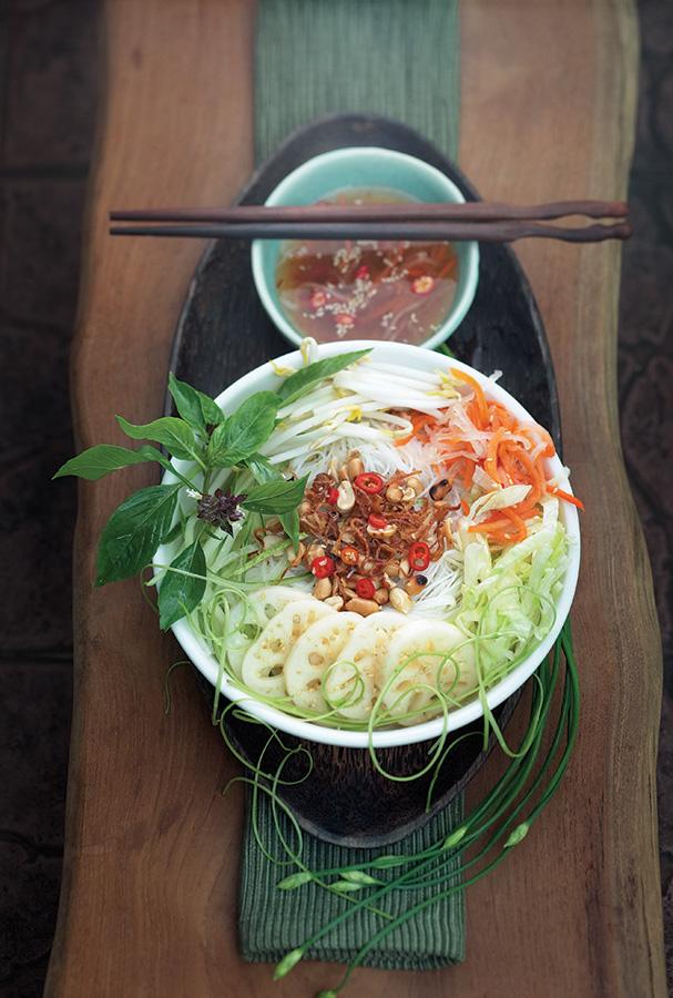 PIX_Little Vietnam_Food_VF_01_pptres.jpg