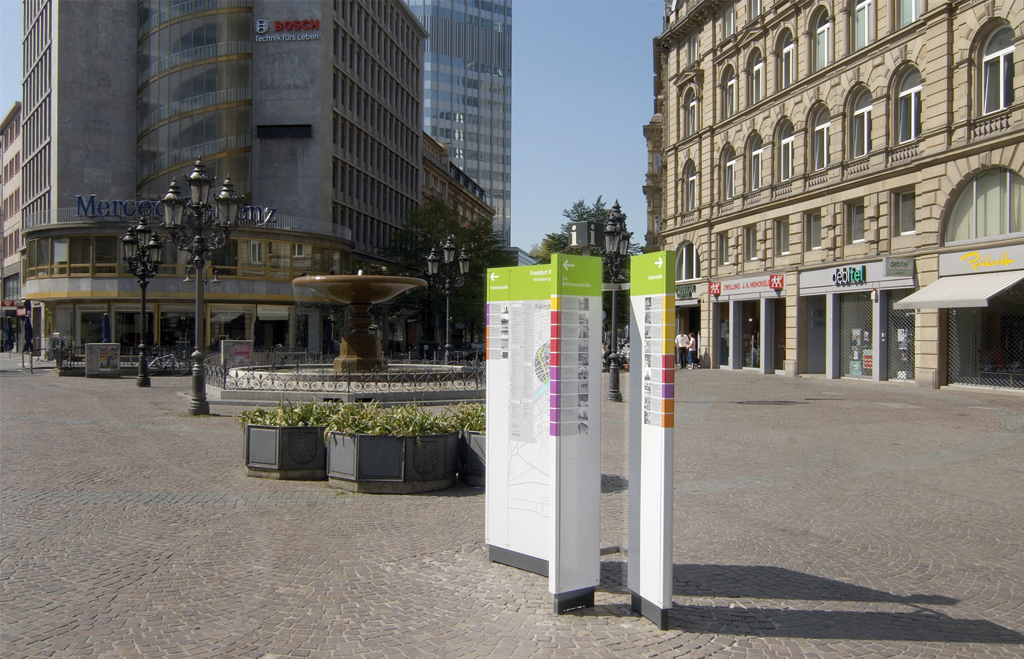 Frankfurt, Germany / Signage & City Information System