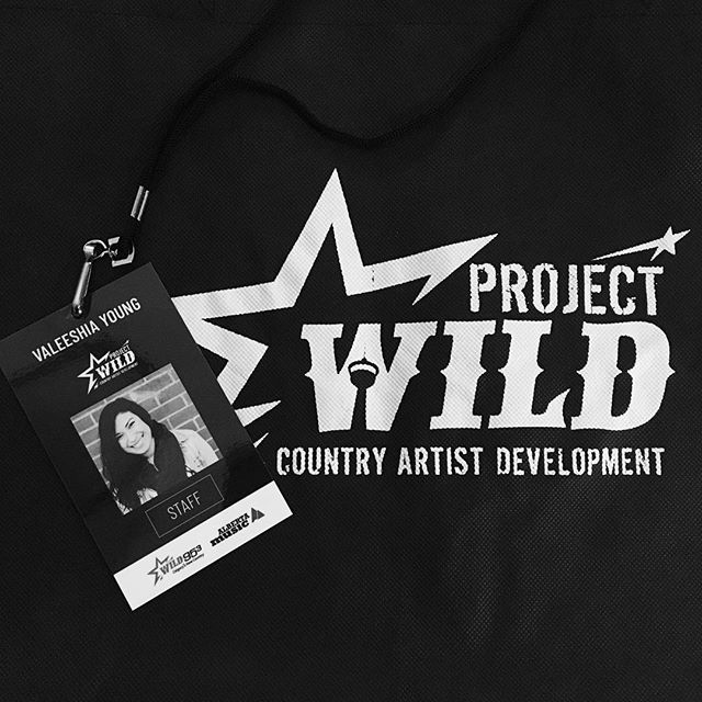 Super stoked to be a part of #ProjectWild2018 assisting with shuttling and hospitality! Can't wait to see how all the artists do 😊👍🏆🎸🎼 . . . . . . #yegmusic #yycmusic #abmusic #countrymusic #countrygirl #countryboy #artistdevelopment #bootcamp #byefelicia #hellovaleeshia