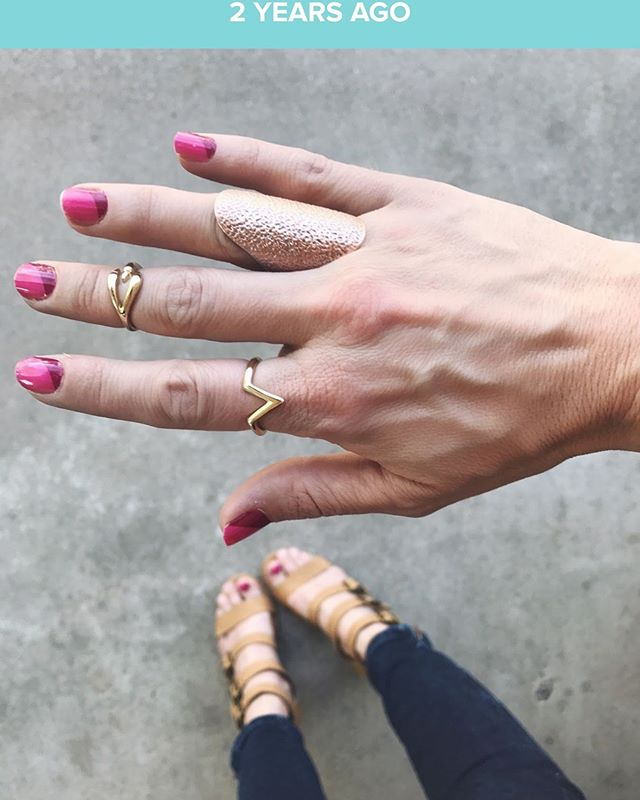 "✌🏼2 years ago today I tried my very first set of #colorstreetnails (see pic)! I can still remember my reaction to them.🤯 . I pretty much squealed in delight to my husband and said, ""These solve all my nail problems!!!"" . Pretty sure he thought I was crazy but I was giddy 💃🏻as a school girl because I didn't have the time or money to get my nails done so these were the solution! . 💅🏻These DIY dry-nail polish strips are so fun, girly, and inexpensive! They last up to 10 days too! . 👉🏼If you haven't tried them yet, add your address here & I'll send you a FREE accent nail sample: tinyurl.com/kelsnailsamples (LINK IN BIO) . 💥They're gonna BLOW.YOUR.MIND."