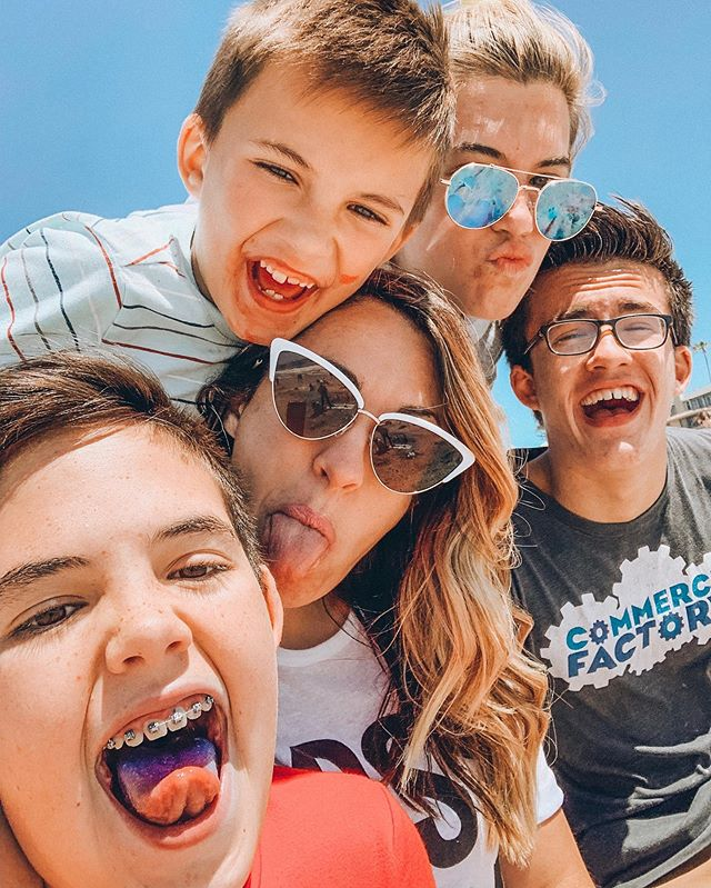 Families are like fudge...mostly sweet with a few nuts. 🤪 #memorialdayshenanigans #washyoface #purpletongue