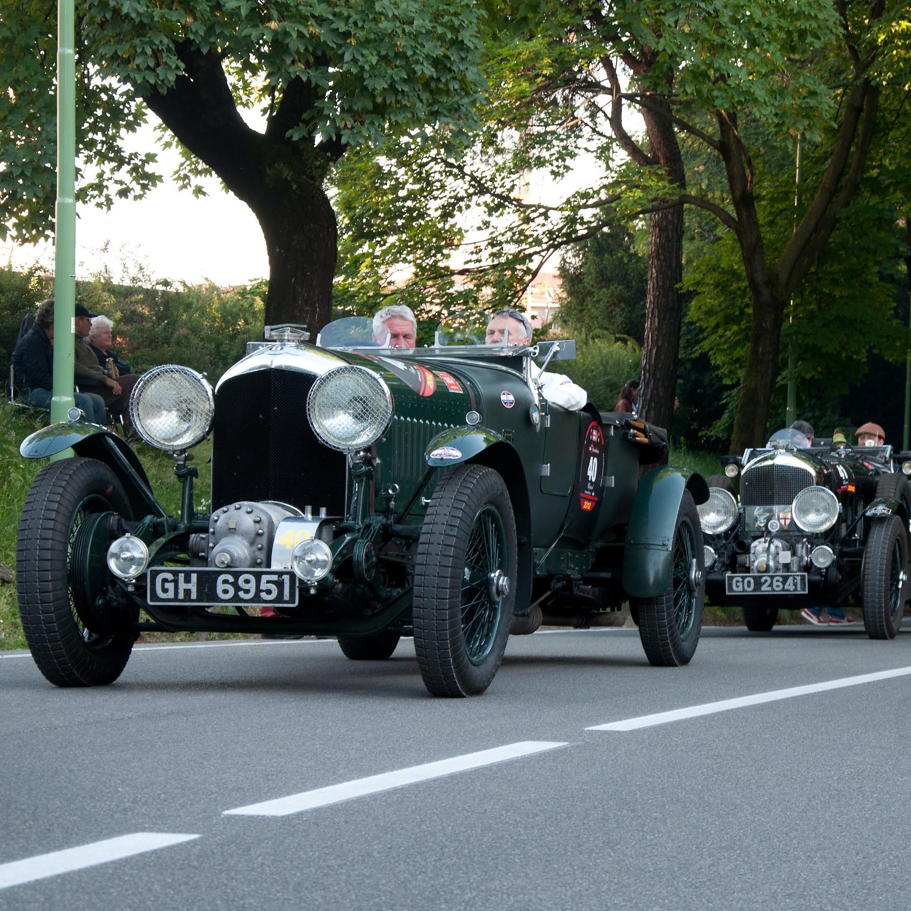 footman-james-vintage-car-insurance-2.jpg