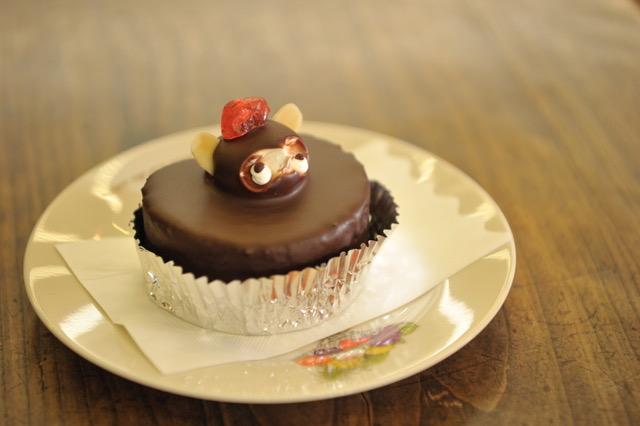 翁堂 たぬきケーキ.jpegサイズ中.jpeg