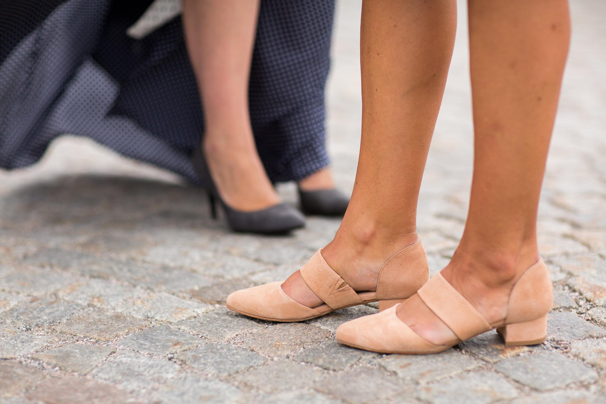 heelow skor.jpg